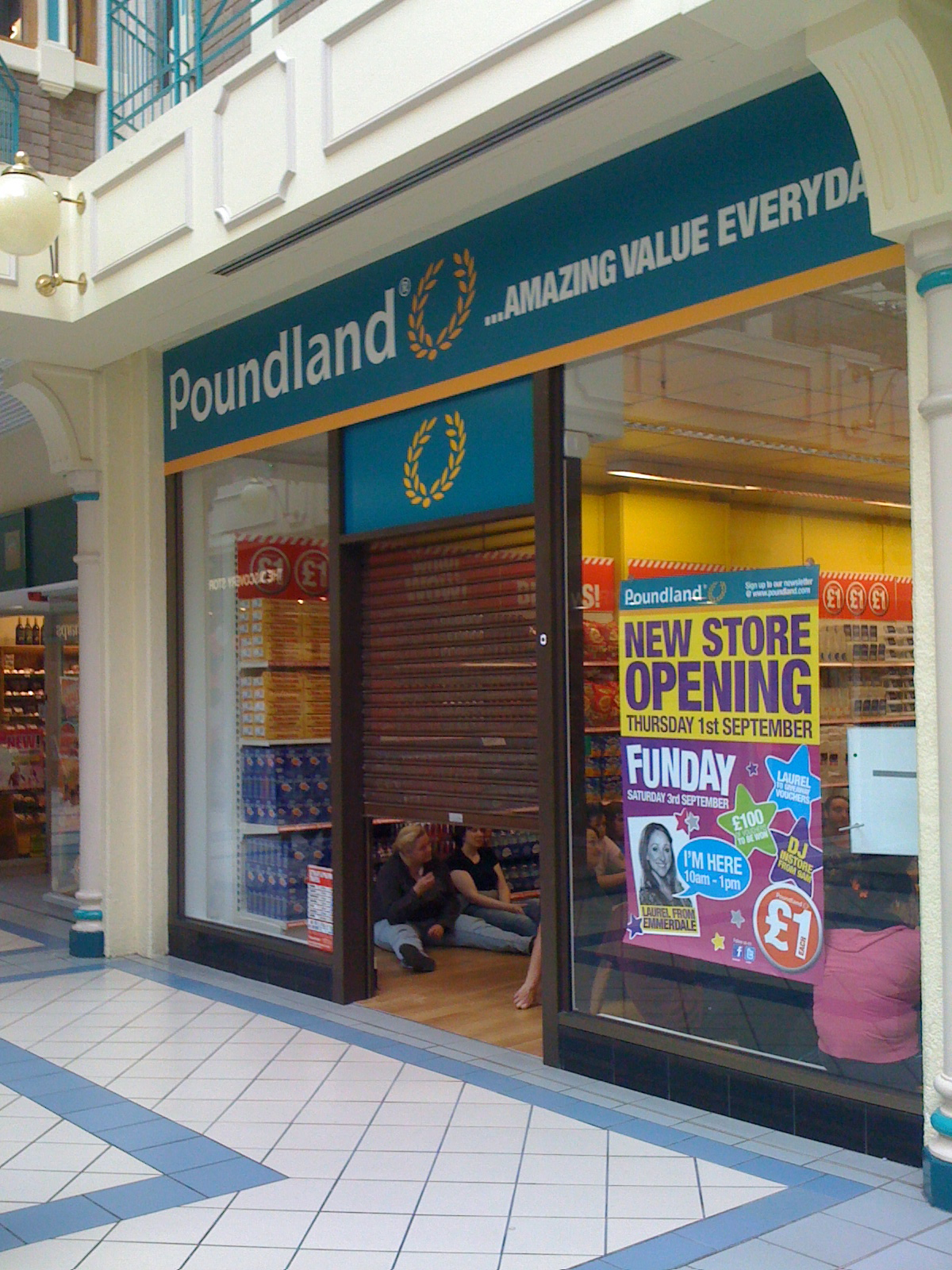 """poundland analysis Students taking aqa buss4 this summer are asked to research the recent recession in the uk, and the first research bullets requires students to consider """"how the recession can create opportunities and threats for businesses and industries"""" here the bbc are reporting that poundland and other."""