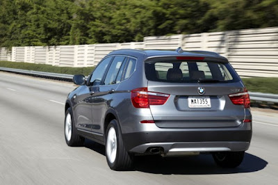 2011-BMW-X3-Back-View