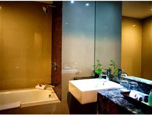 Toilet Hotel Horison Seminyak Bali