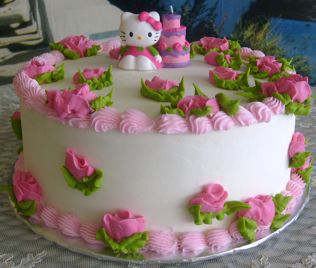 10 hello kitty cake decorations ideas cake design and for Anniversary cake decoration ideas