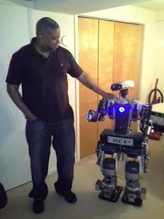 MarkHaygoodandhisrobot.jpg