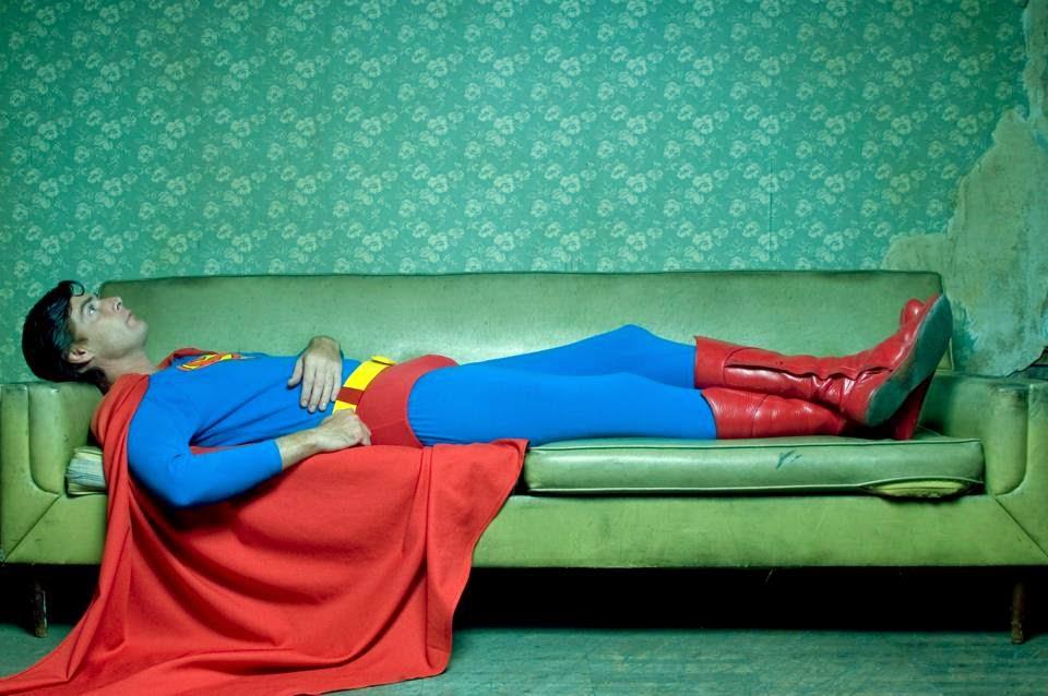 Superman en diván de psicólogo