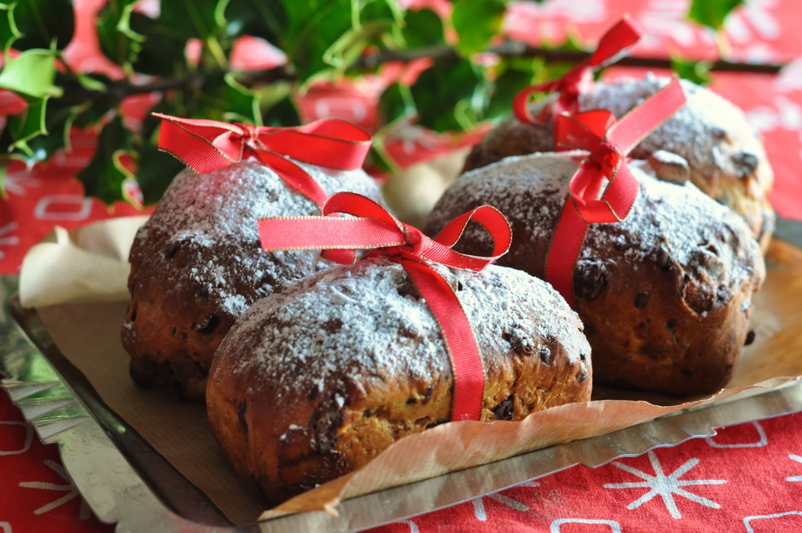 Mini Panettone : Easy Edible Christmas Gifts | Lilly Higgins