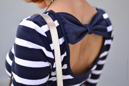 bluzki w paski, pasiaste bluzeczki, modne bluzk, w marynarskim stylu