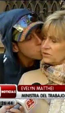 joven flaite que besa a ministra del trabajo evelin mathey es ...
