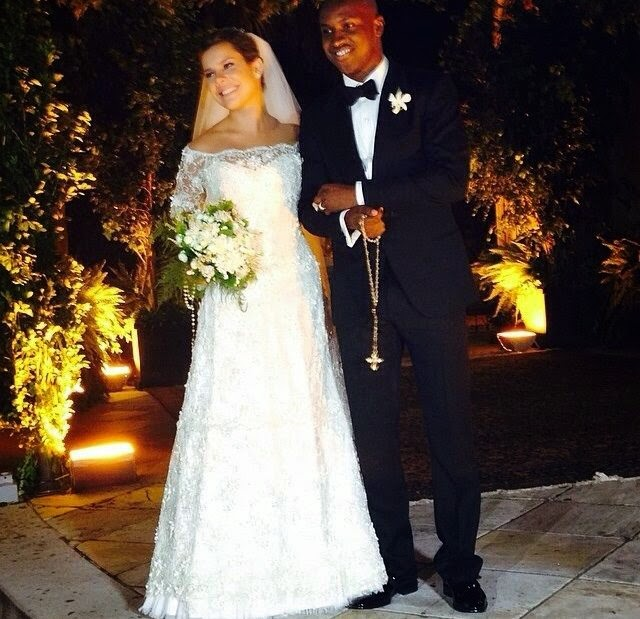 decoracao casamento fernanda souza e thiaguinho:Usando um vestido assinado por Martha Medeiros, a noiva estava