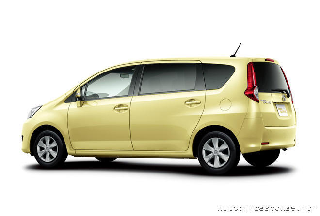 Full Car Pictures: Toyota Avanza New Facelift Design