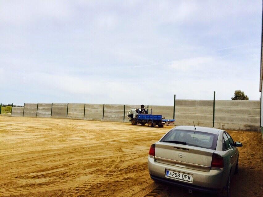 Cerramiento parcela vallar parcela fabrica propia de - Vallar un terreno ...