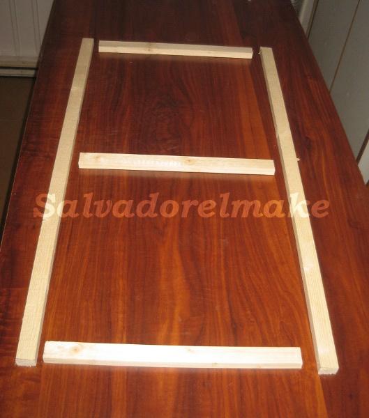 Bricolaje y modelismo mosquitera de madera for Como reciclar puertas de madera