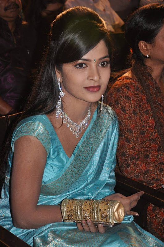 Actress Madhumitha Saree Photos glamour images