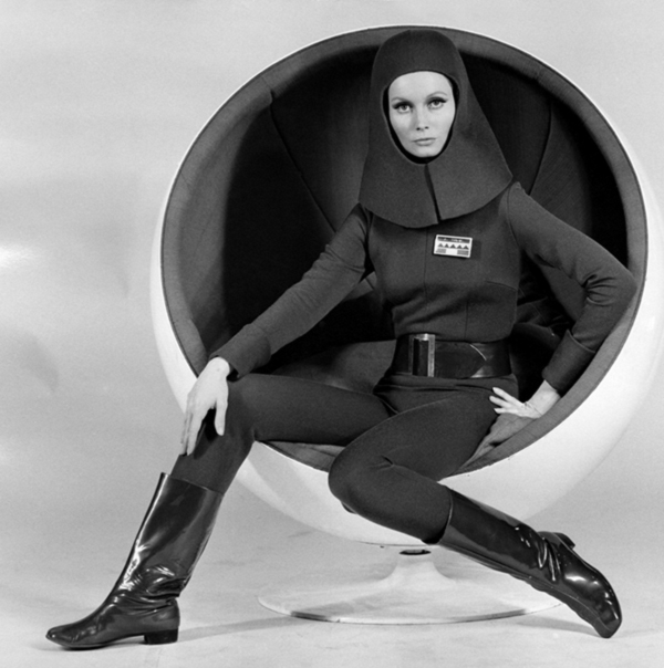 Space age fashion and style modern design by for Space age design