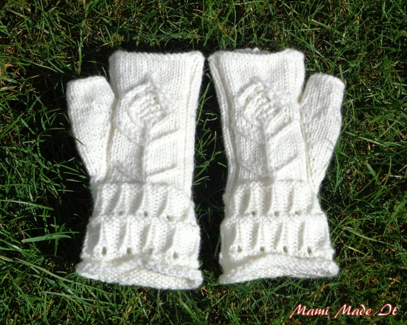 Fingerless Gloves, handmade, white with Flower