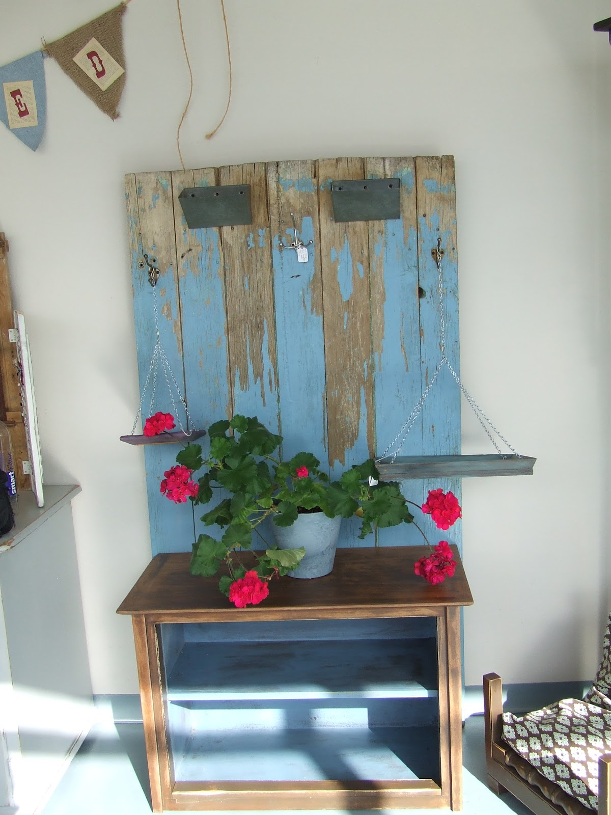 Somethin 39 salvaged uses for old doors windows and shutters for Recycled windows and doors