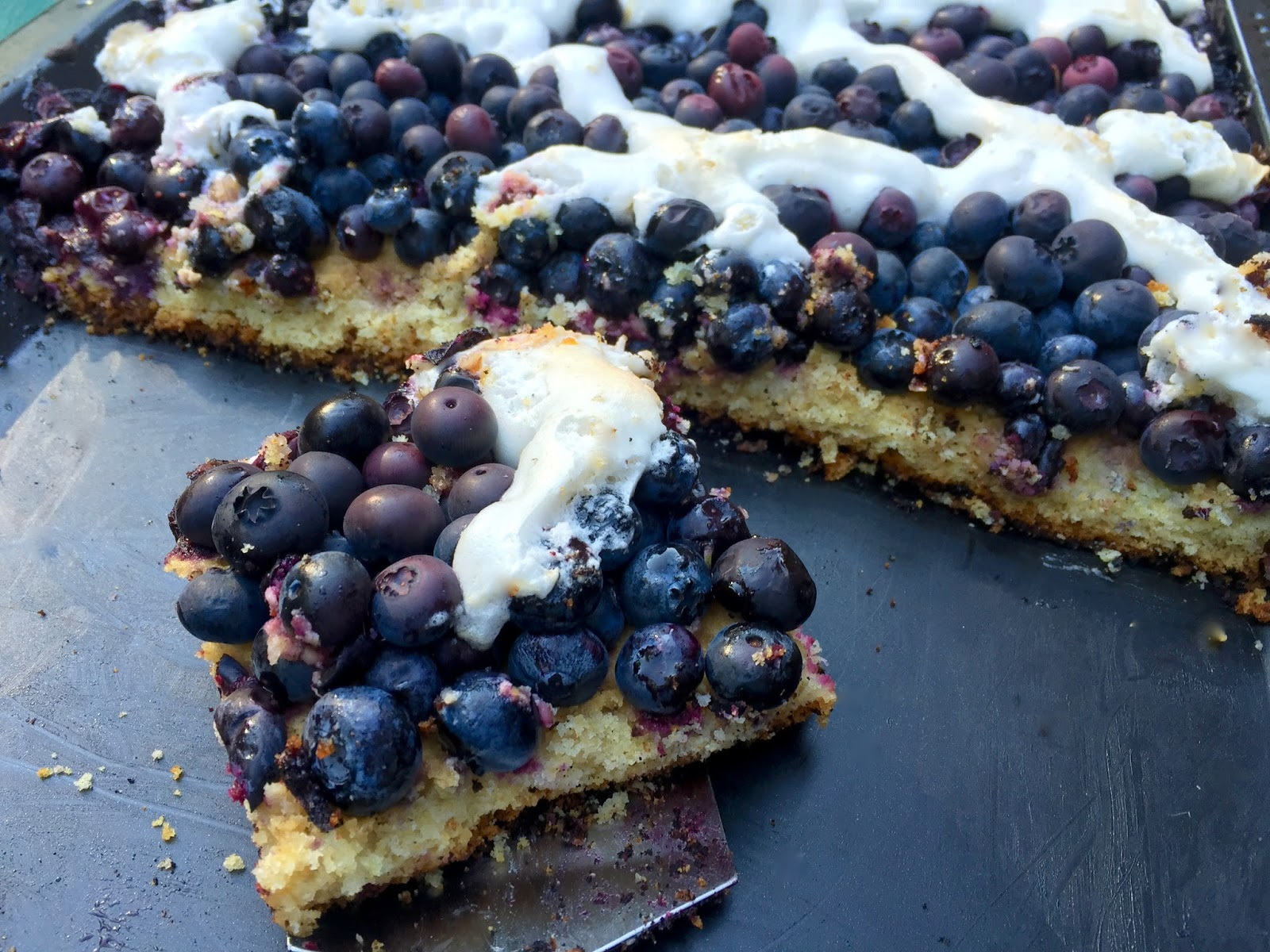 ... of a Mad Hausfrau: Blueberry Oatmeal Sheet Cake with Meringue Lattice