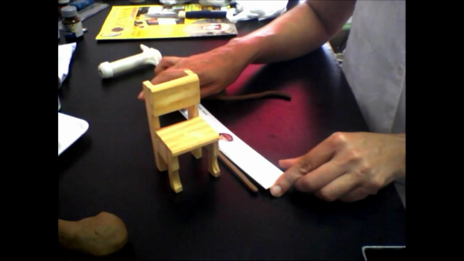 Passo à Passo Biscuit: Como fazer a Cadeira de Balanço com Biscuit #B6A815 1600x900