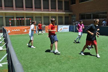 Fútbol a 3 en la fiesta del cole 2012