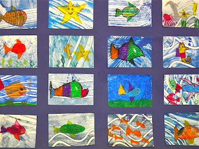 Schulwanddeko: Viele bunte und phantasievolle Fische aus Kinderhand ...