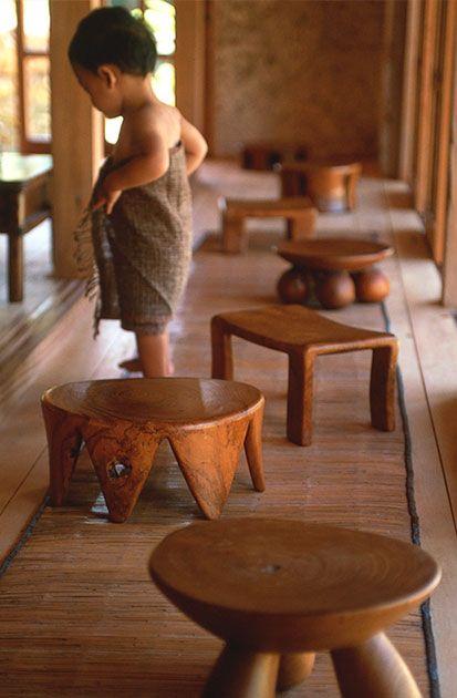 banquinhos de resto de madeira