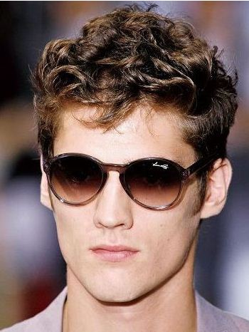 Curly Hair Styles   on Short Hairstyles For Men With Curly Hair   Hairstyles For Men   Zimbio
