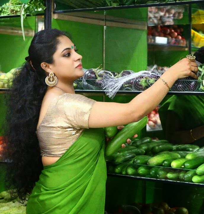 Asha Aravind Hot Green Saree S Malayalam Actress