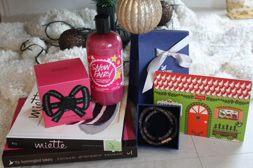 Christmas present haul 2014 ft. miette, hummingbird, swarovski, benefit, viktor & rolf, lush