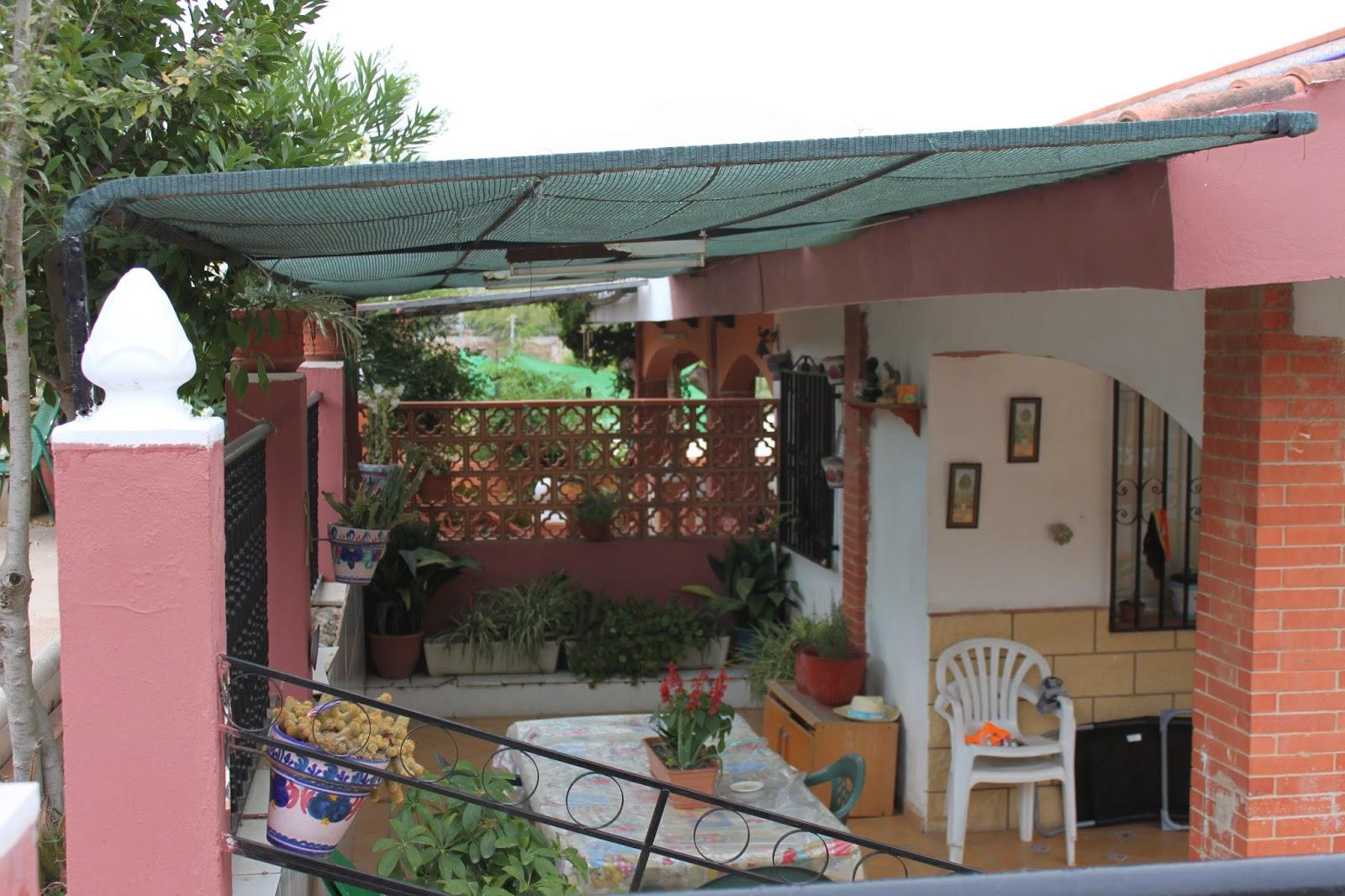 El blog de lorenna cosas reutilizadas para decorar la terraza - Materiales para toldos ...