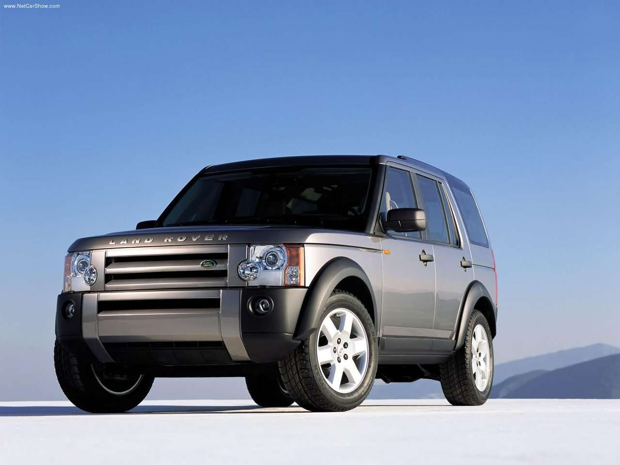 http://2.bp.blogspot.com/-ubzoTxeGdSQ/TZG5U-YPsNI/AAAAAAAACAE/AIhdMEbLHeo/s1600/Land_Rover-LR3_2005_1280x960_wallpaper_05.jpg