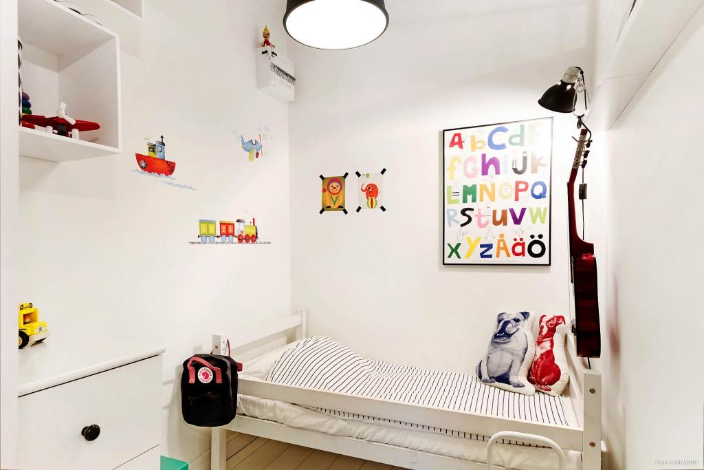 quarto de criança em Apartamento pequeno decorado