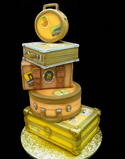 10-Luggage-cake-Mikes-Amazing-Cakes