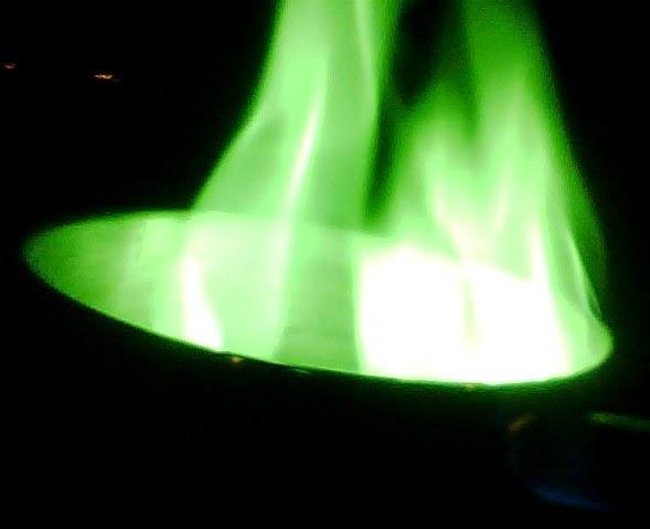 nyala api hijau pada uji asam borak