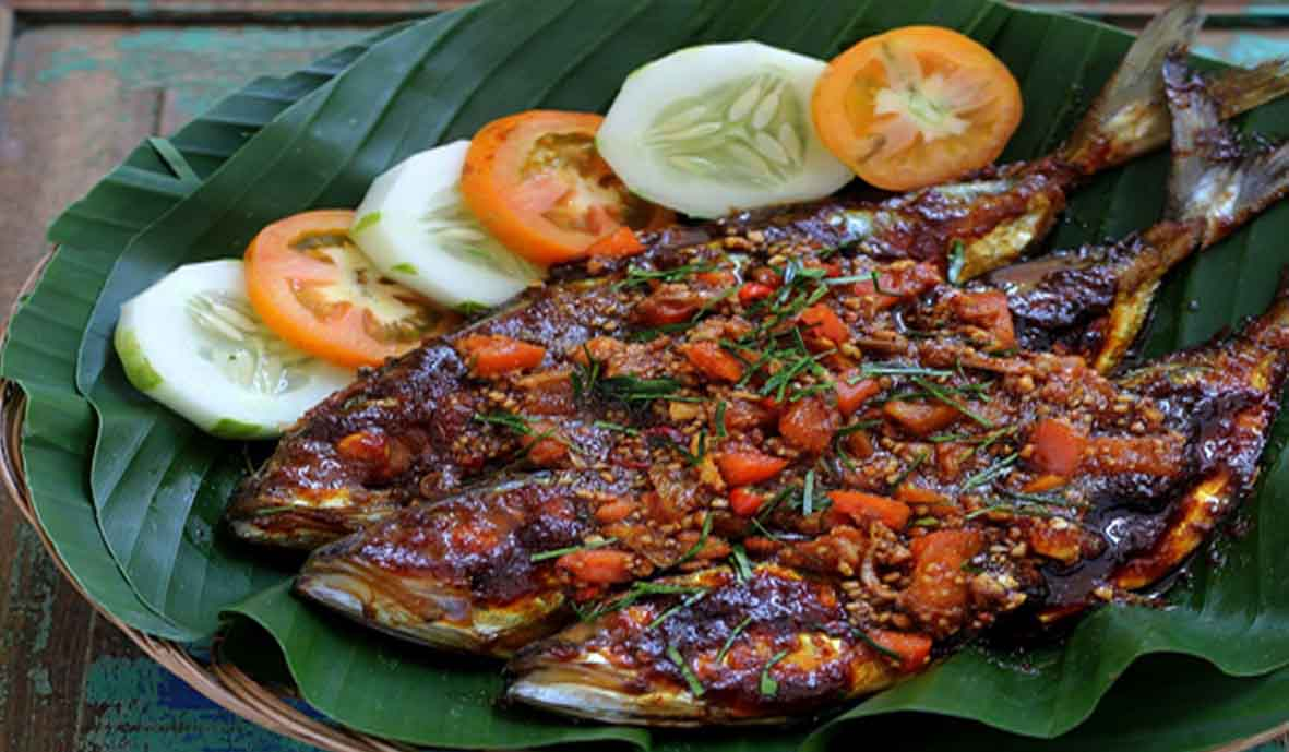 Resep ikan kembung bakar lengkap dengan sambal kecap