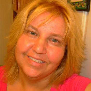 Sandie Divan
