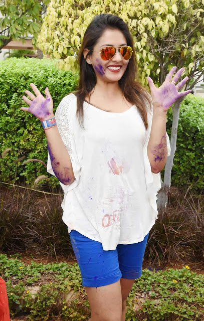 Madhu Shalini  Holi Celebrations Pictures 2.jpg