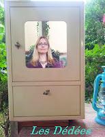 Les dedees vintage recup creations armoire de toilette sixties heavy metal by anne - Armoire pharmacie bois ancienne ...