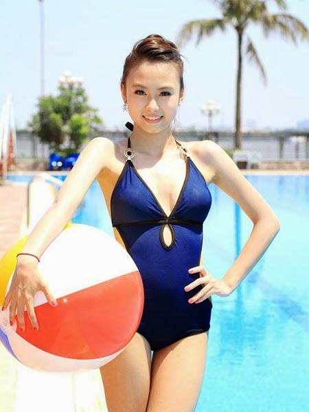 girl xinh bikini