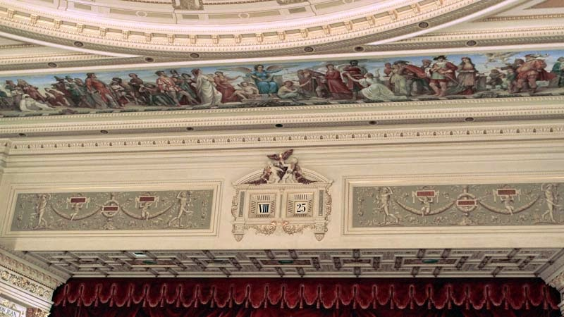Semper-Opera-House-Dresden.jpg