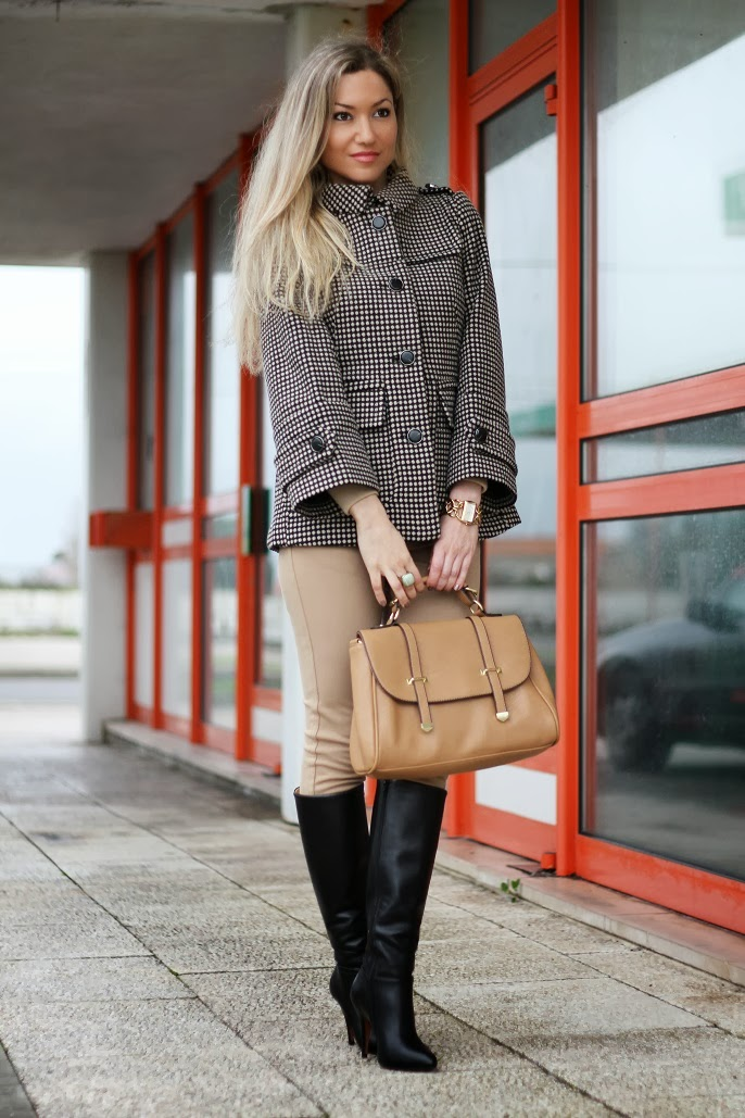 look do dia, camel, preto,  padrões, tendências, outono inverno 2013/2014, casaco, coat, leggings, high boots, polka dots, patterns, birthday, cs hotel do lago, montargil, alto alentejo, satchel bag, zara, sfera, zilian, dkny, woman fashion, moda mulher, streetstyle, cláudia nascimento, blog de moda, portugal