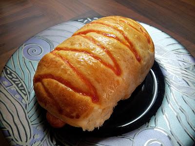 bread, buns, sausage