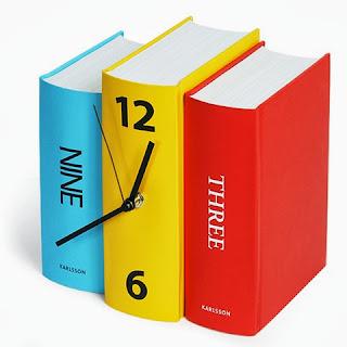 reloj de libro, erase una vez asi