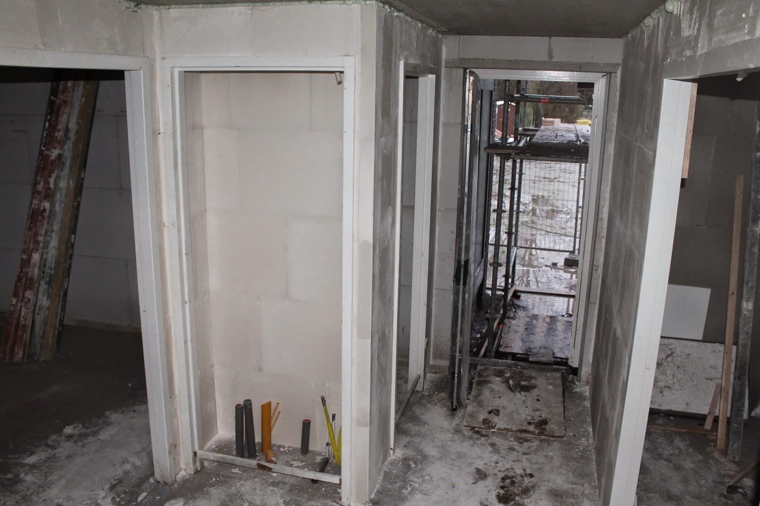 Helen marc & olivia bouwen een huis: nog meer binnenwanden