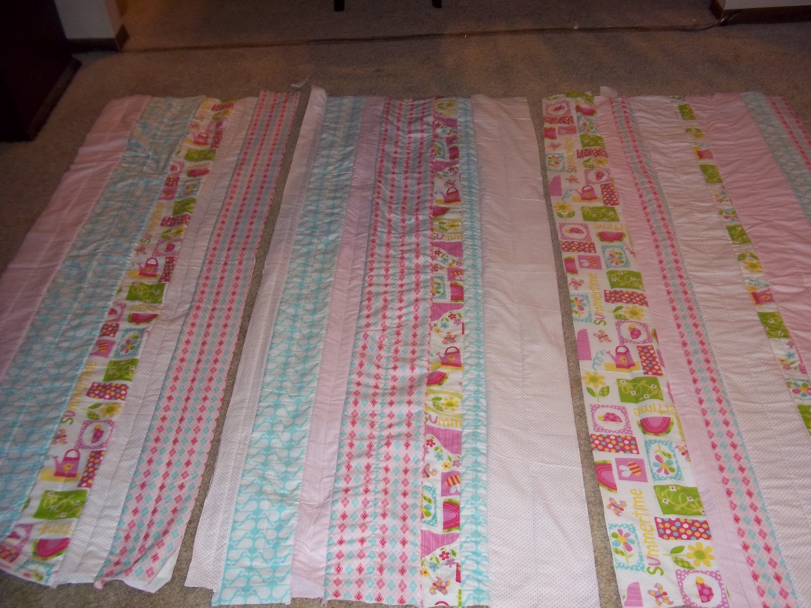 Just Four Sisters: Girly Rag Quilt Tutorial : how to cut a rag quilt - Adamdwight.com