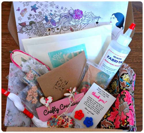 craftypainter: Crafty Creatives Box 1 Contents