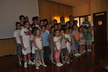 Entrega de detalles a las Escuelas de Ajedrez