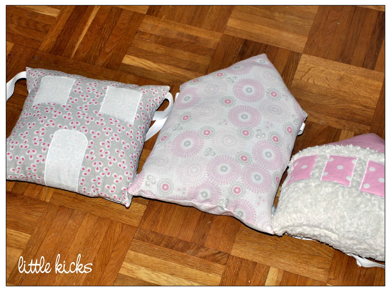 little kicks m dchen kissen f rs babybett. Black Bedroom Furniture Sets. Home Design Ideas