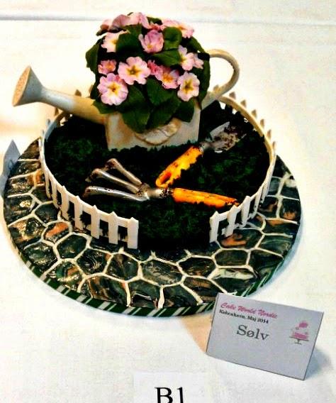 http://cupcakeluvs.blogspot.dk/2014/05/cake-show-cake-world-nordic.html