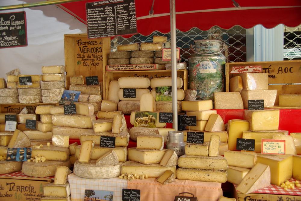 Didier goux habite ici robert marchenoir correspondant de guerre fromag re - Plateau a fromage maison du monde ...
