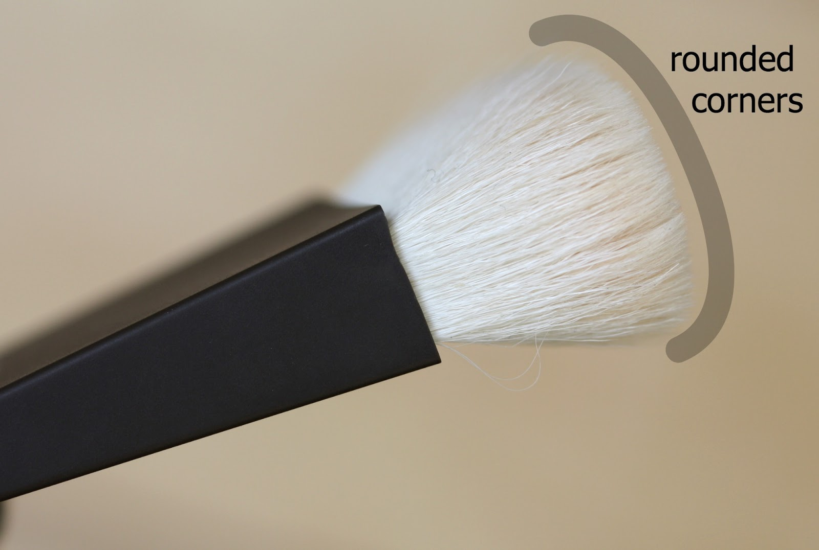 Manicurity.com | Becca The One Perfecting Brush - Is this brush your soulmate?! Featuring photos and full review