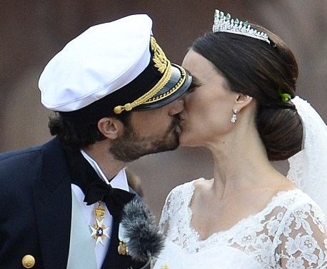 Prince Carl Philip and Princess Sofia wedding photo