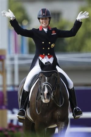 New sports stars charlotte dujardin profile photos 2012 for Dujardin 94
