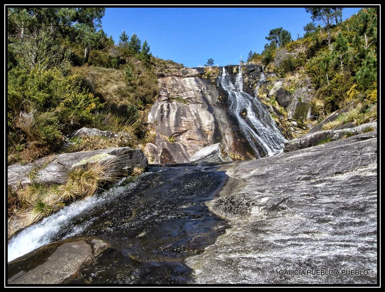 Galicia pueblo a pueblo piscinas naturales del r o pedras for Piscinas naturales ourense